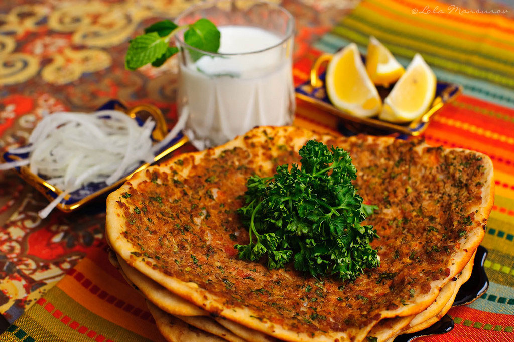 Turkish-Recipe-Lahmacun